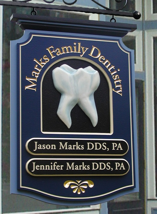 Marks Family Dental Sign