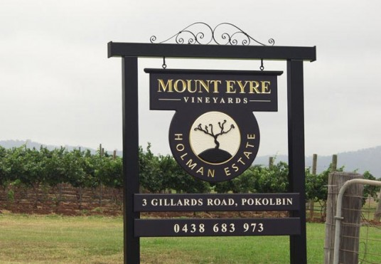 Mount Eyre Winery Sign