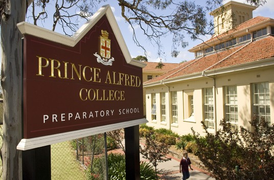 Prince Alfred College Sign on stie