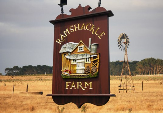 Ramshackle Farm Sign