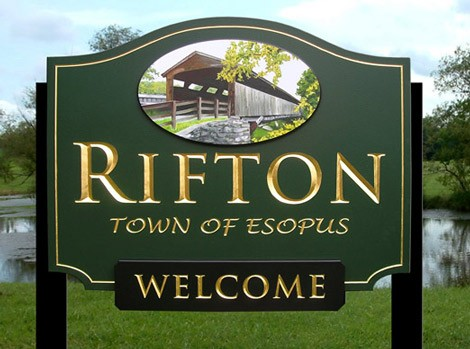 Rifton Welcome Entrance Sign
