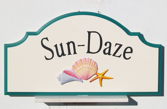 Sun Daze Beach House Sign