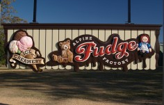 Alpine Fudge Factory Small Business Sign