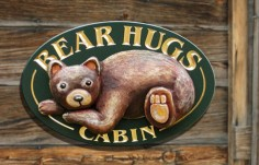 Bear Hugs Cabin  Animal Sign