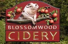 Blossomwood Winery Sign