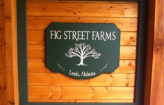 Fig Street Farms Sign