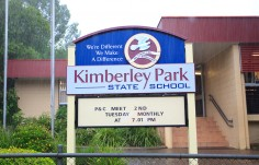Kimberley Park School Sign on Location