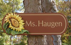 Ms Haugen Family Name Sign