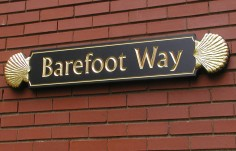 Barefoot Way Quarterboard Sign
