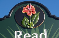 Read Gardens Sign detail