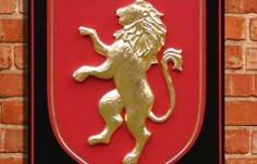 Cornwall Chalet Family Crest
