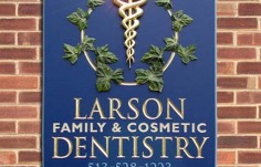 Larson Dental Office Sign