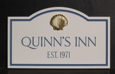 Quinns Inn Beach House Sign